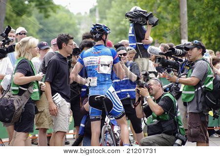 Sutherland Talks To Media After Stage Six Win