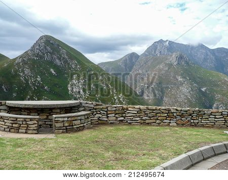 Outeniqua Mountains in Western Cape highest view point
