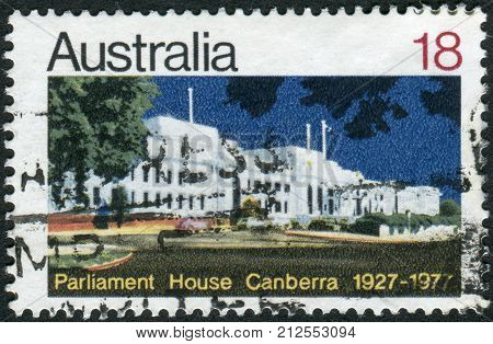 Australia - Circa 1977: Postage Stamp Printed In Australia, Dedicated To The 50Th Anniversary Of Par