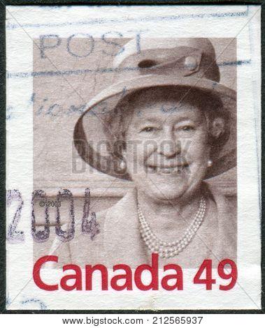 CANADA - CIRCA 2004: Postage stamp printed in Canada shows portrait of Queen Elizabeth II circa 2004