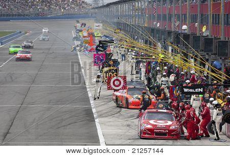 Nascar:  Mar 27 Auto Club 400