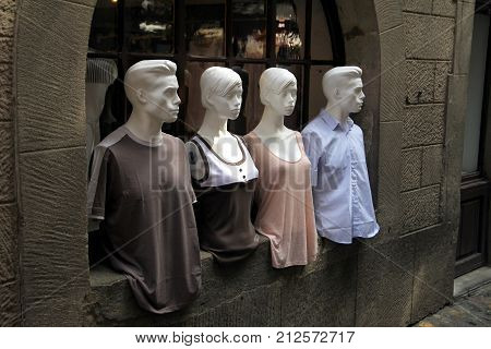 Carcassonne, Languedoc-roussillon, France - August 24 2017: Two Male And Two Female Mannequins, Dres
