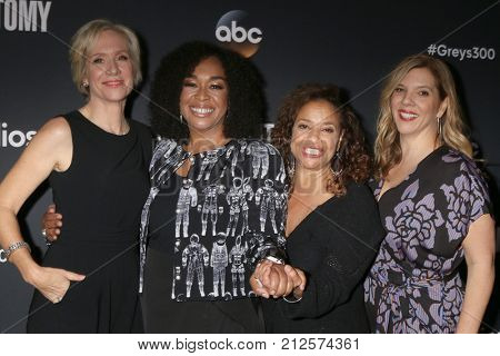 LOS ANGELES - NOV 4:  Betsy Beers, Shonda Rhimes, Debbie Allen, Krista Vernoff at the