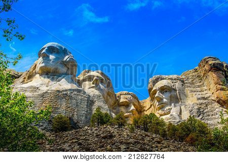 A close-up of Mount Rushmore on a clear day.