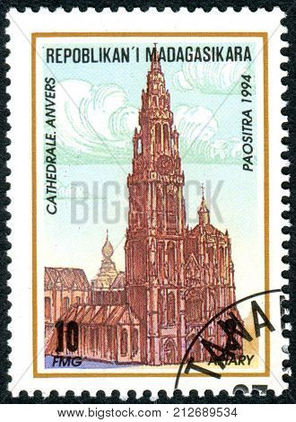 MADAGASCAR - CIRCA 1994: A stamp printed in Madagascar shows the building Cathedral of Our Lady (Antwerp) circa 1994