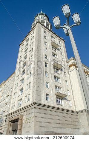berlin frankfurter tor - historic building with tower