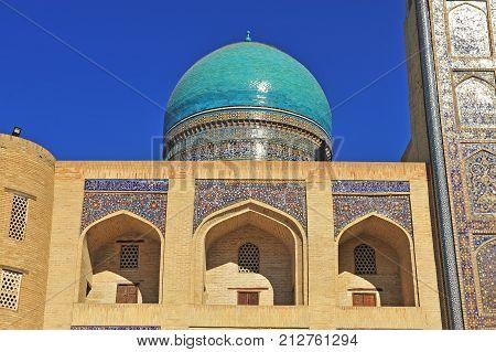 Bukhara: facade of Miri Arab Madrasah dome