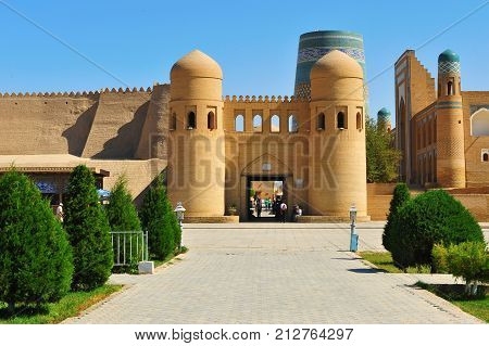 Khiva: view of the entrance to old town