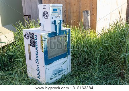 Stanley, Idaho - July 1, 2019: Vending Machine For The Idaho Statesman Newspaper Is Abandoned And Em