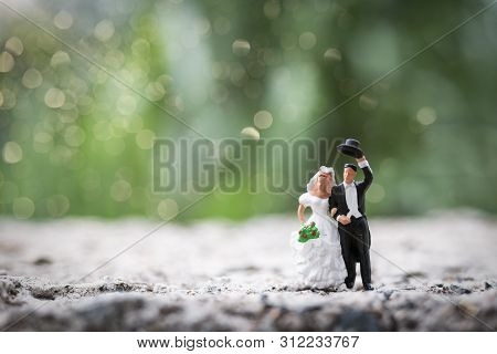 Miniature People : Bride And Groom Couple Standing Outdoor