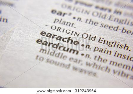 Word Or Phrase Earache In A Dictionary