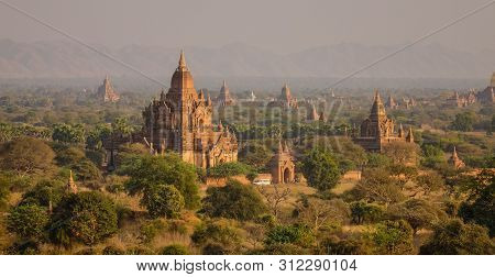 Many Ancient Temples In Bagan, Myanmar. Bagan Is An Ancient City In Central Myanmar (formerly Burma)