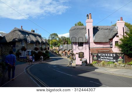 Shanklin, Isle Of Wight, England - August 13, 2014: The Thatched Cottages Of Shanklin Village On The