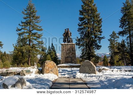 Truckee, Ca , Usa - January 14, 2019: Monument At Donner Memorial State Park Visitors Center On A Wi