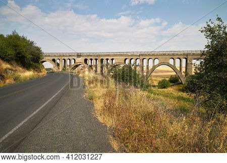 Historic Rosalia Railroad Bridge Washington. The Concrete Railroad Bridge From Rosalia Road In The P