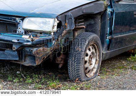 Senov, Czech Republic - December 29, 2020: A Detail Of A Frontal Part Of Blue Skoda Felicia Car Dama