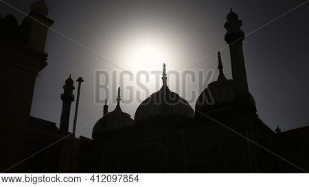 Sun Shine Upon Muslim Worship Place Landscape Photography Hd Mono-chrome