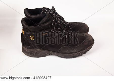 Greyder Black Hiking Shoes And A White Background, Sturdy Hiking Boots, Strong Hiking Boots