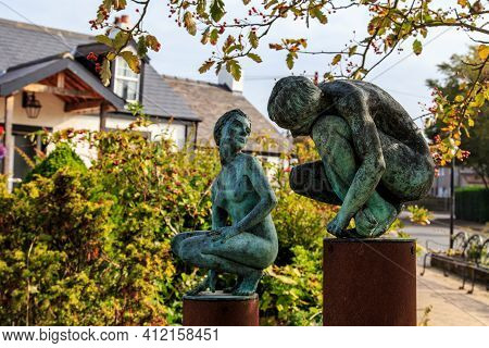 Gretna Green, Great Britain - September 13, 2014: This Is A Monument To Vulnerable Lovers In The Sco