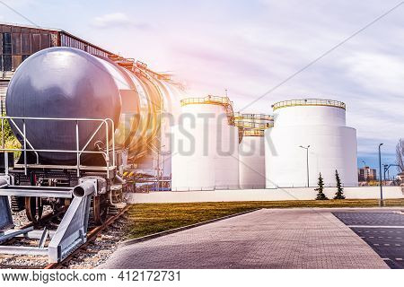 Tanks For The Carriage Of Flammable Goods . Fuel Storage Places