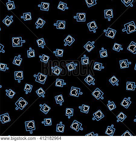 Line Cutting Board Icon Isolated Seamless Pattern On Black Background. Chopping Board Symbol. Vector