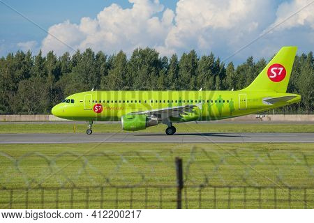 Saint Petersburg, Russia - August 08, 2020: Airbus A319-100 (vp-bhf) Of S7 - Siberia Airlines Before