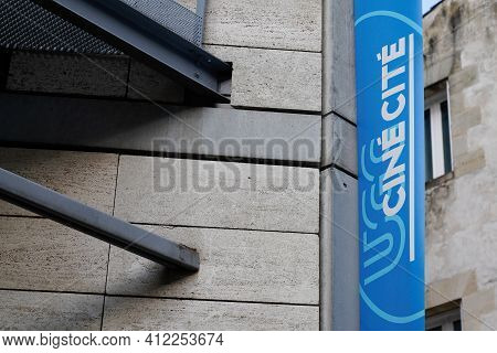 Bordeaux , Aquitaine France - 03 08 2021 : Ugc Cine Cite Logo And Sign Text Of Large Multi Room Cine