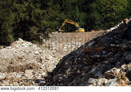 Flood Protection And Torrent Control, Protective Measures Against Natural Catastrophes
