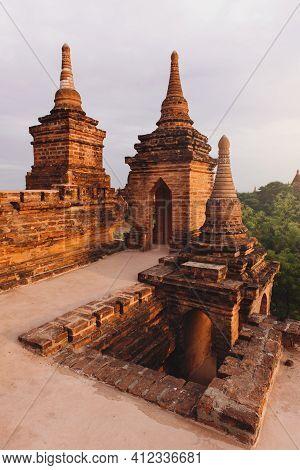 Bagan, Myanmar: May, 18, 2016. Pagodas And Temples Of Bagan In Myanmar, Formerly Burma World Heritag