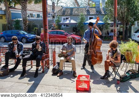 New Orleans, La - March 6: Traditional Jazz Band Performs At Fair Grinds Coffeehouse With Cafe Degas