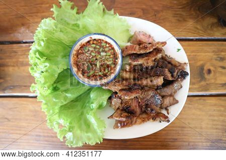 Grilled Beef , Roasted Beef Or Beef Steak With Dip