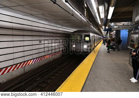86Th Street Subway - New York City