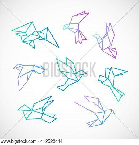 Poligonal Dove Illustration. Stylized Flying Dove Birds Set, Isolated On White Background. Vector Te