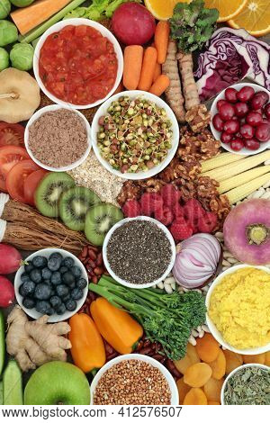 Healthy plant based food for a vegan diet with foods very high in protein, omega 3, antioxidants, anthocyanins, vitamins, dietary fibre, lycopene and smart carbs. Health foods for ethical eating.