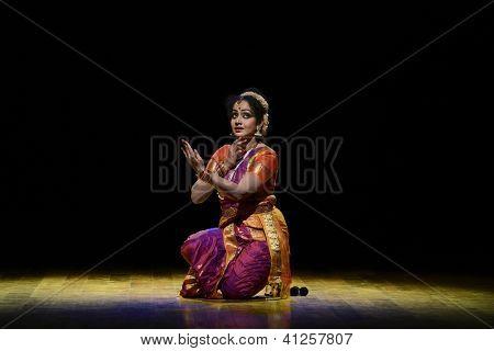 CHENNAI - JANUARY 11: Kuchipudi  performer Dr Yashoda Thakore in Chennai on January 11, 2013 in South India. Kuchipudi is the ancient classical dance form of Andrapradesh