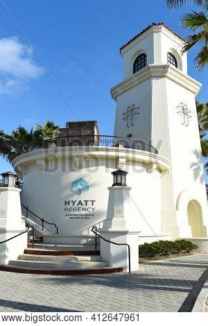 HUNTINGTON BEACH, CALIFORNIA - 22 JAN 2020: Hyatt Regency Hotel Pedestrian Bridge entrance on the beach side of the Coast Highway.