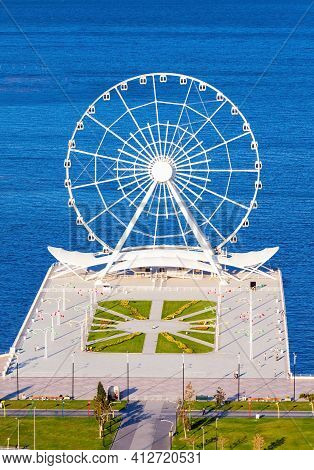 Baku Ferris Wheel Also Known As The Baku Eye Is A Ferris Wheel On Baku Boulevard In The Seaside Nati