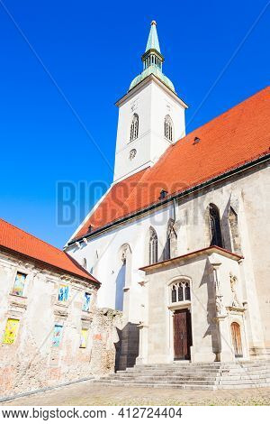 The St. Martin Cathedral Is A Roman Catholic Church In Bratislava, Slovakia. St Martin Cathedral Is