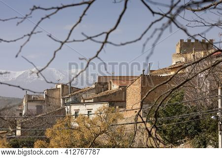 Charming Photograph Of The Houses And Rooftops In The Small Town Of Bulbuente, In The Campo De Borja