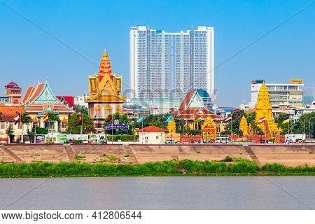 Phnom Penh, Cambodia - March 24, 2018: Phnom Penh City Skyline And Tonle Sap River.
