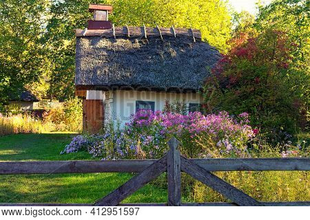 Pereyaslav, Ukraine-october 14, 2020:reconstruction Of An Ancient Clay House Of Widow Woman With Fro
