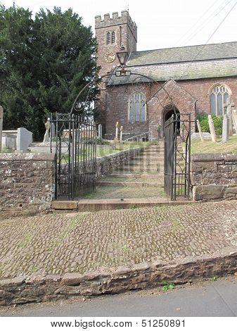 St Swithun Church