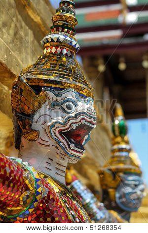 Giant in Wat Prakeaw