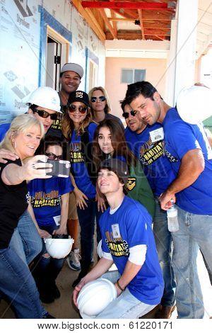 LOS ANGELES - MAR 8: Dominic Zamprogna, Rebecca Herbst, Lisa LoCicero, Kelly Sullivan, Ryan Paevey, Jimmy Dreshler, others at the 5th GH Habitat for Humanity Fan Build on March 8, 2014 in Lynwood, CA