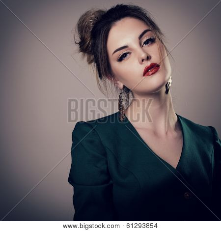 fashion girl, portrait of young glamour luxury fashionable woman looking at camera. toned