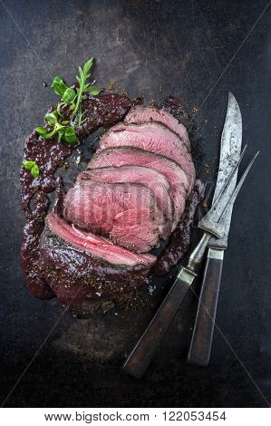 Roast Venison with Deer Sauce