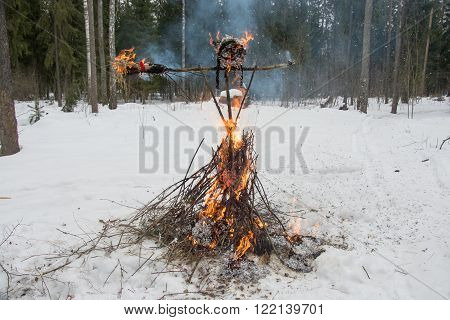 Burnt an effigy of the carnival at the festival Seeing the Russian winter.
