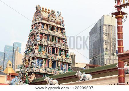 Gopuram tower of Sri Mariamman Temple in Singapore