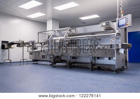 Photos Sterile Production Area With The Machine For The Production Of Tablets And Sorting