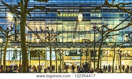 People Walk Along The Zeil In The Evening In Frankfurt